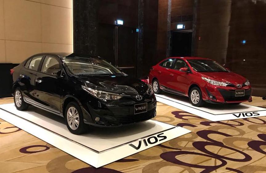 Sedan hạng B tại VN - nghịch lý của 'thùng tôn di động' Toyota Vios