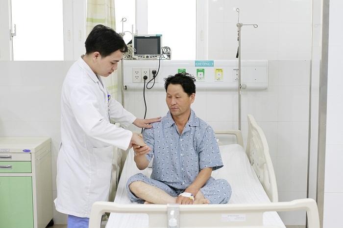 Du khách Hàn Quốc đột quỵ não trong khách sạn ở Đà Nẵng