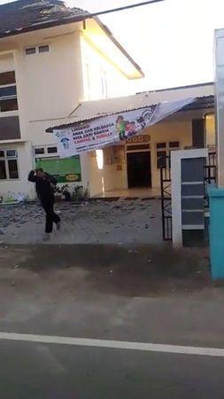 Động đất mạnh tấn công Indonesia