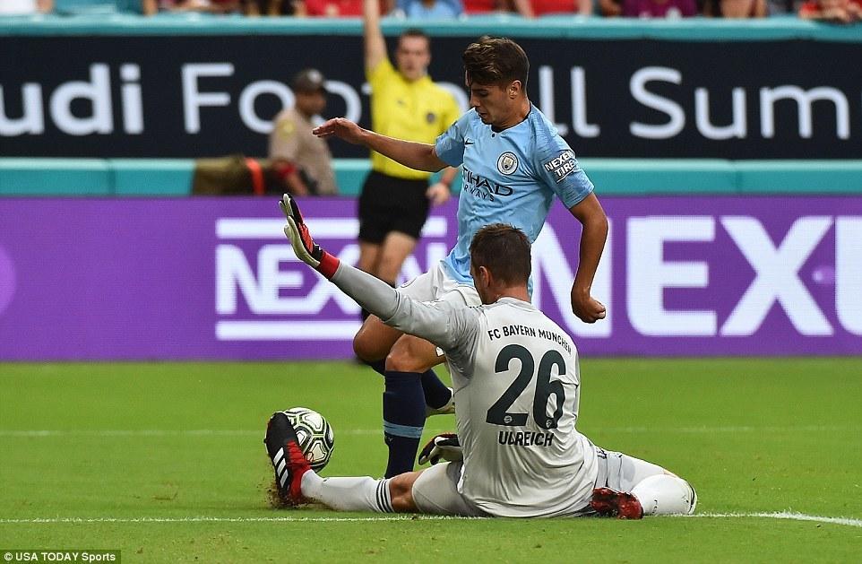 Man City ngược dòng khó tin trước Bayern
