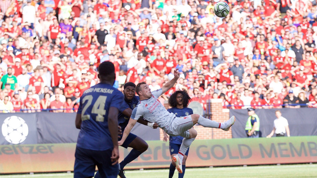 MU thua thảm Liverpool: Mourinho ước được như Klopp