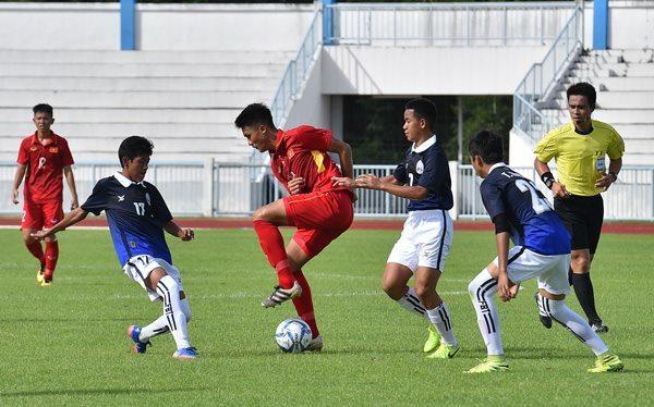 U16 Việt Nam thắng nhọc nhằn Campuchia trận ra quân