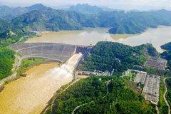 Đập Thủy điện Hòa Bình chịu được 4 quả bom nguyên tử