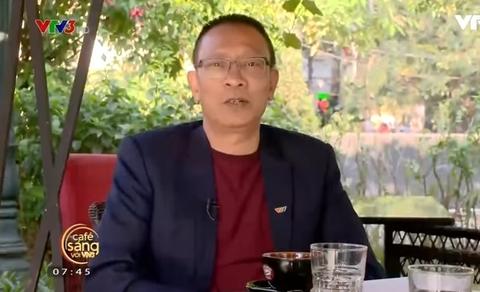 MC Lại Văn Sâm kể về kỷ niệm bị mẹ đánh