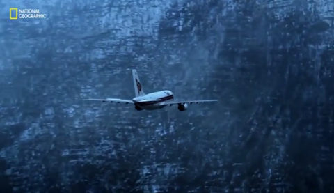 Thảm kịch máy bay Thái đâm vào núi