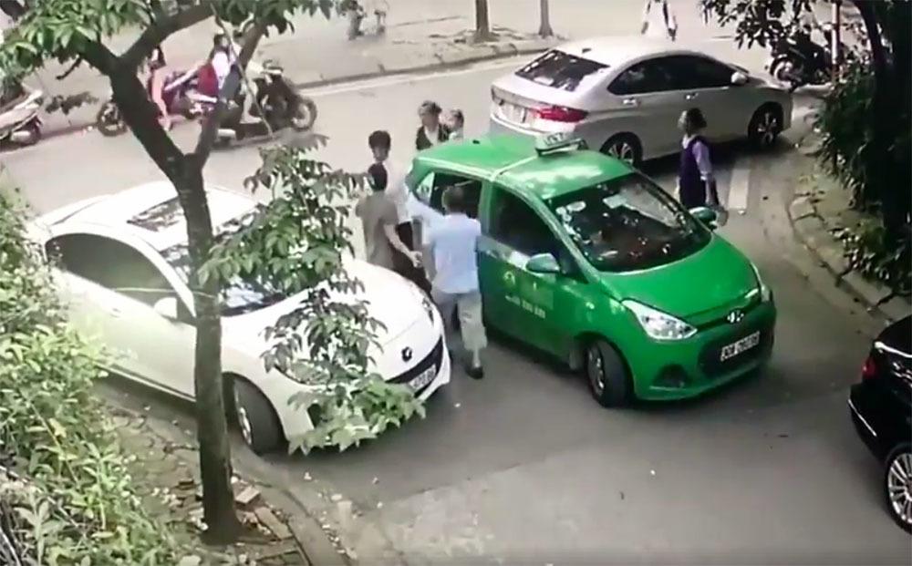 hành hung tài xế,Hà Nội