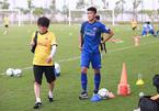 """""""Hot boy"""" Olympic Việt Nam dính chấn thương, thầy Park lo sốt vó"""