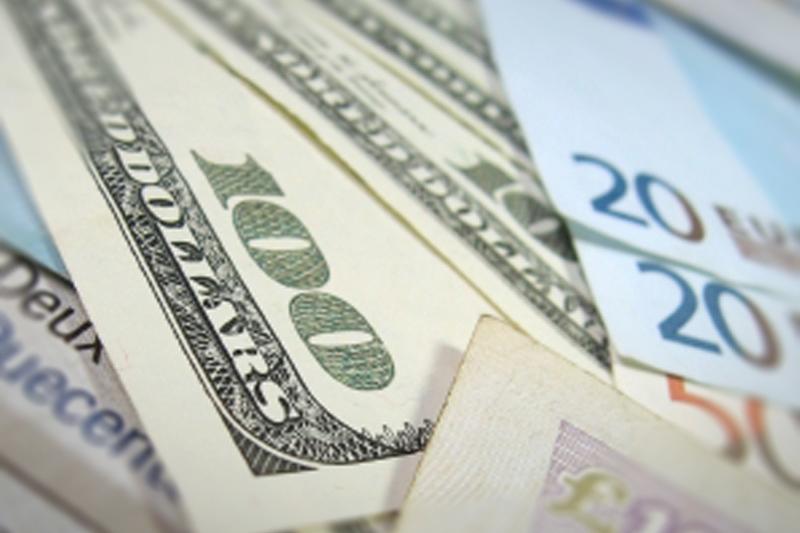 Tỷ giá ngoại tệ ngày 1/8: USD giảm, Euro tăng