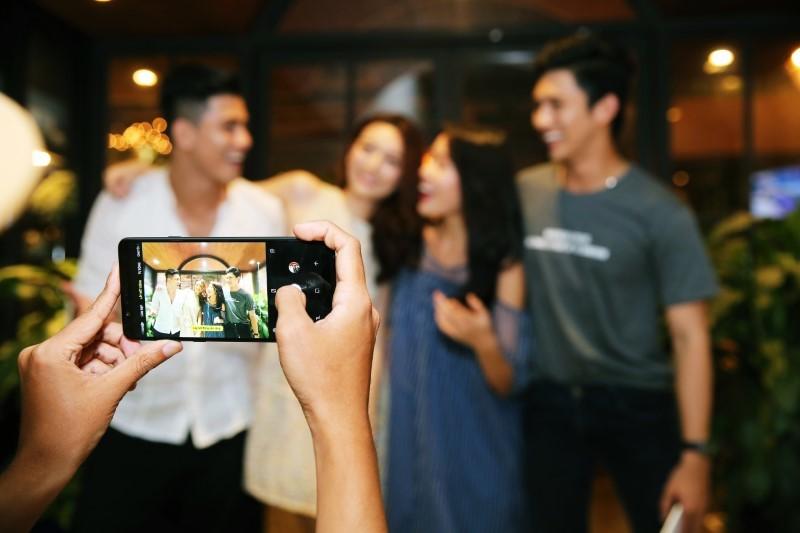 Galaxy A8 Star: Cấu hình mạnh mẽ, camera 24MP