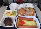 Bữa ăn trên máy bay khiến hành khách hoảng sợ