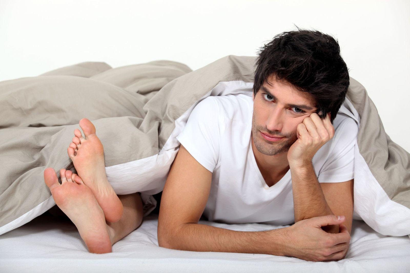 Thanh niên bị suy thận cấp sau quan hệ, vì bạn gái cho uống thuốc kích dục quá liều