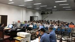 Đường vào tù của nữ 'quan tham' trẻ nhất Trung Quốc