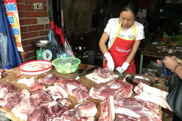 Xôn xao khắp chợ Hà thành, khách mua giật mình kêu ca