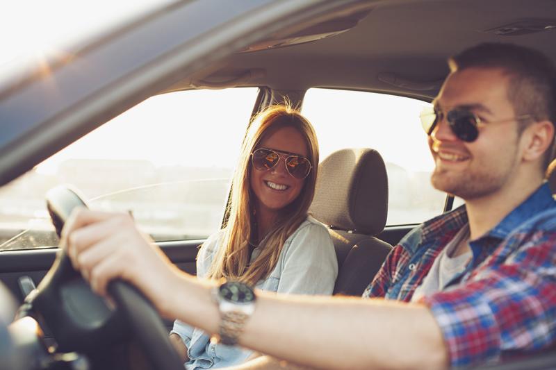 Lái xe đường xa nhất định phải biết 6 mẹo này để tránh buồn ngủ