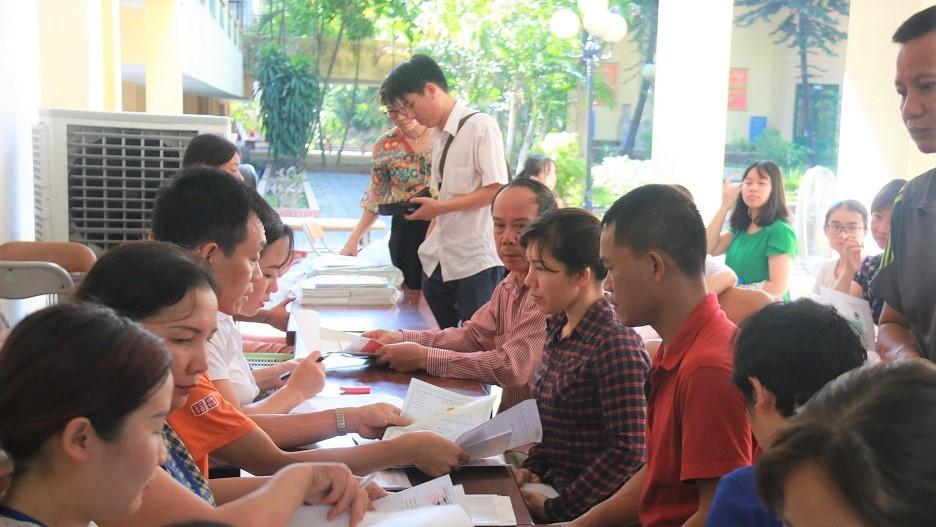 Hà Nội cấm việc lợi dụng danh nghĩa ban đại diện cha mẹ học sinh để thu ngoài
