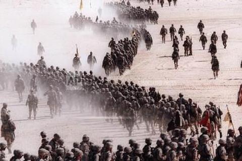 Iraq đánh Kuwait, châm ngòi chiến tranh Vùng Vịnh