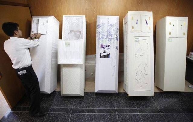 Kì lạ: Dịch vụ khách sạn chỉ dành cho... người chết, giá 3,6 triệu/đêm