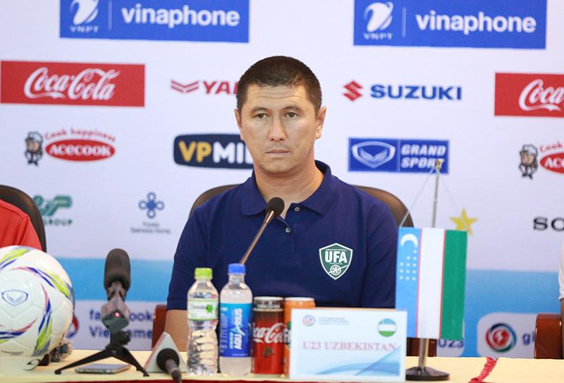 HLV Park Hang Seo: 'Ai không có năng lực, tinh thần tốt thì ở nhà'