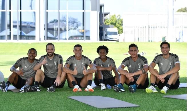 MU đổi Pogba lấy Dembele, Ronaldo khiến Juventus nháo nhào