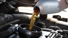 5 dấu hiệu nhận biết xe hơi cần được thay mới dầu động cơ