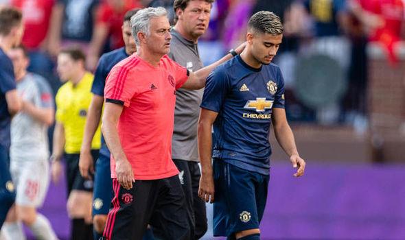 Mourinho ban đặc ân cho 'cậu bé vàng' Brazil