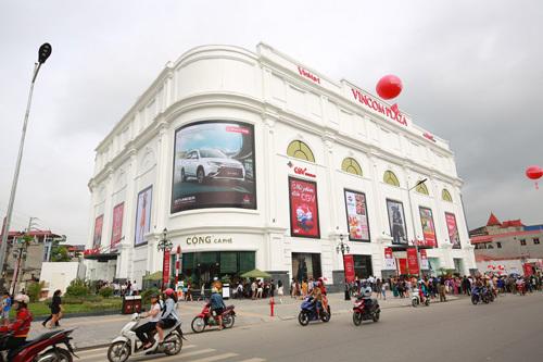Hàng chục ngàn khách đến Vincom Thái Nguyên ngày khai trương