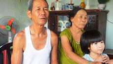 Bố chồng rơi nước mắt làm chủ hôn cho con dâu