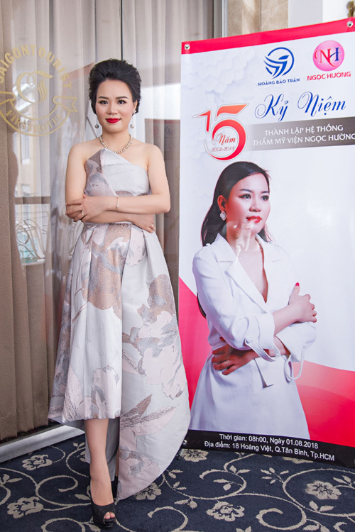 Thẩm mỹ viện Ngọc Hường sinh nhật 15 tuổi