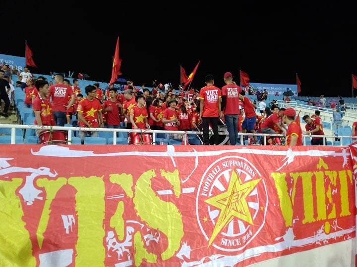 không khí sân Mỹ Đình trước trận U23 Việt Nam vs U23 Palestine