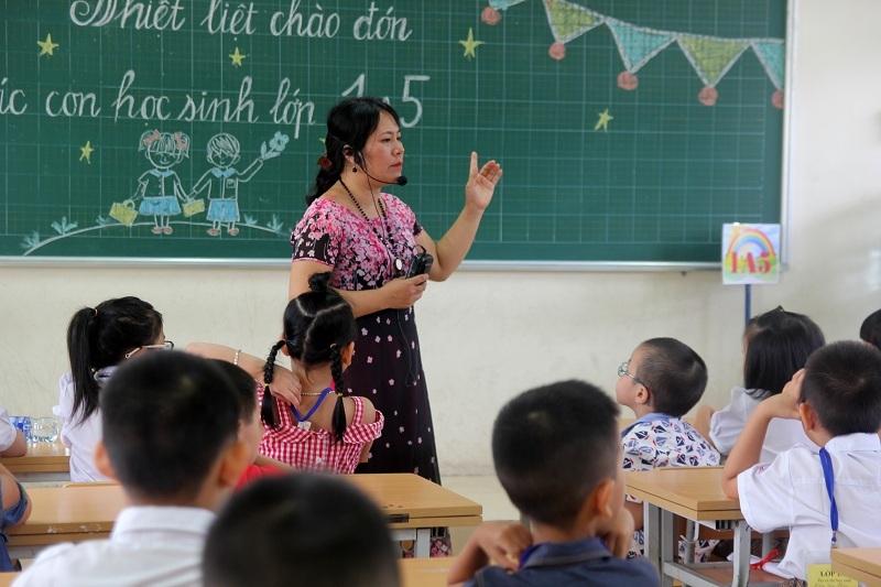 trường tiểu học,học sinh lớp 1,Chu Văn An