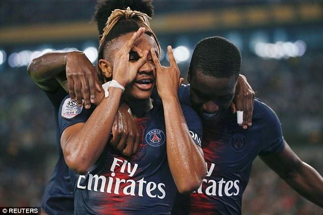 Cựu sao MU chói sáng, PSG phá kỷ lục đoạt Siêu cúp Pháp