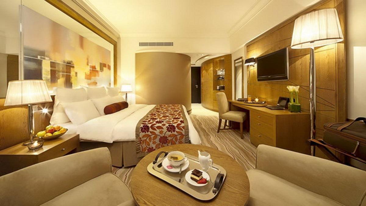 bí mật khách sạn,nhân viên khách sạn,khách sạn