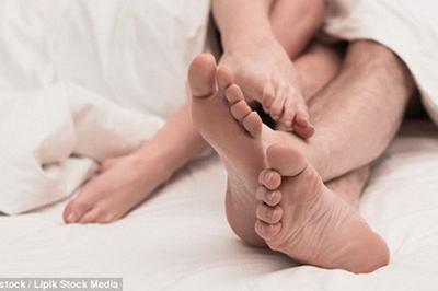 """Nữ sinh 23 tuổi mắc ung thư chỉ vì bạn trai thích """"yêu"""" trong ngày… đèn đỏ"""