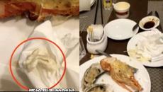 Thực khách giật mình thấy bã kẹo cao su bên trong thịt tôm hùm
