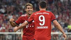 MU phơi áo trên sân Bayern Munich