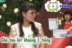 Thói quen lạ trong nhà tắm của nữ điều dưỡng khiến MC giật mình