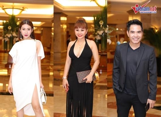 Dàn sao Việt dự tiệc cưới con gái NSND Hồng Vân
