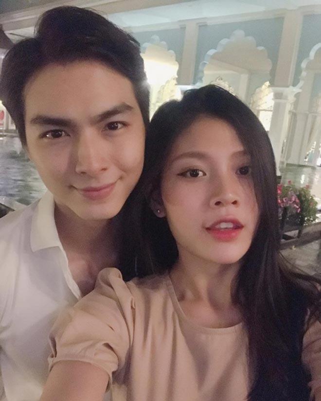 Khoe bụng cùng vợ, chồng Lê Khánh bị trêu sắp đẻ trước