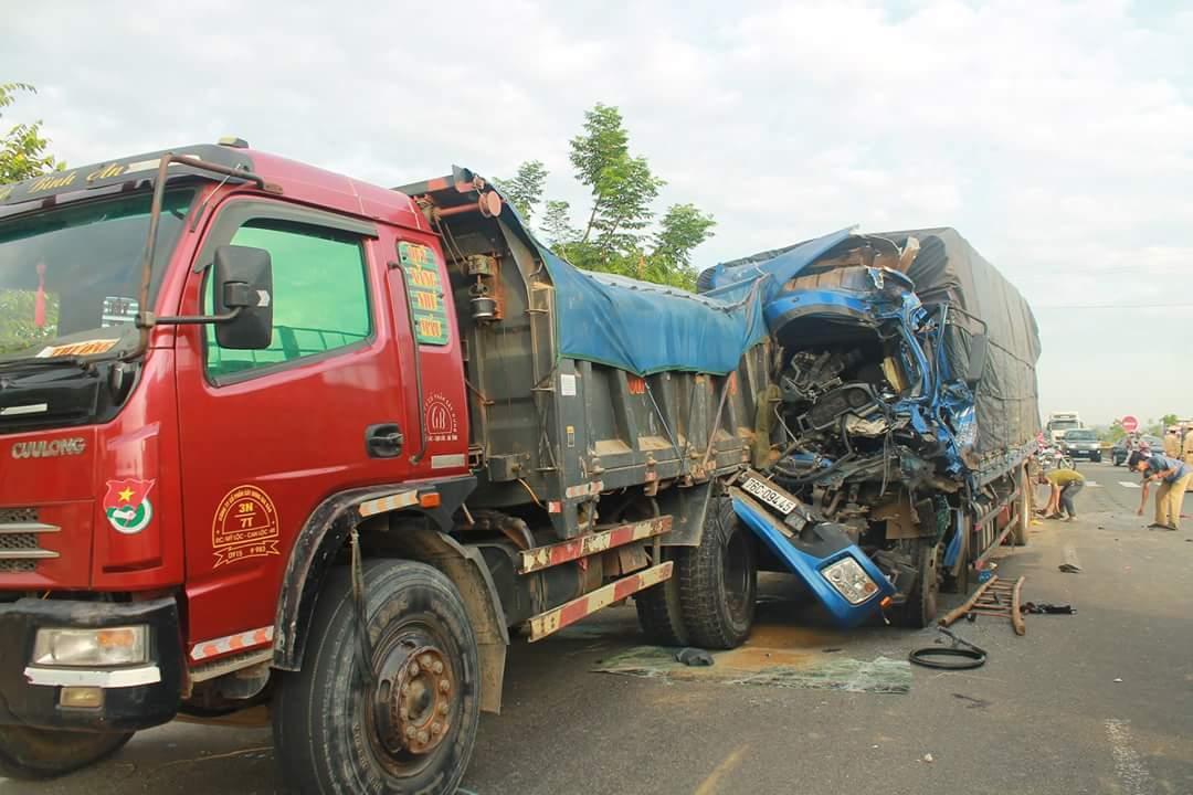 tai nạn,tai nạn giao thông,đâm xe liên hoàn,Hà Tĩnh