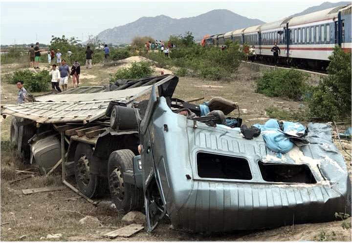 tai nạn,tai nạn giao thông,tai nạn đường sắt
