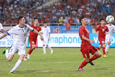 Phan Văn Đức gỡ hòa cho U23 Việt Nam