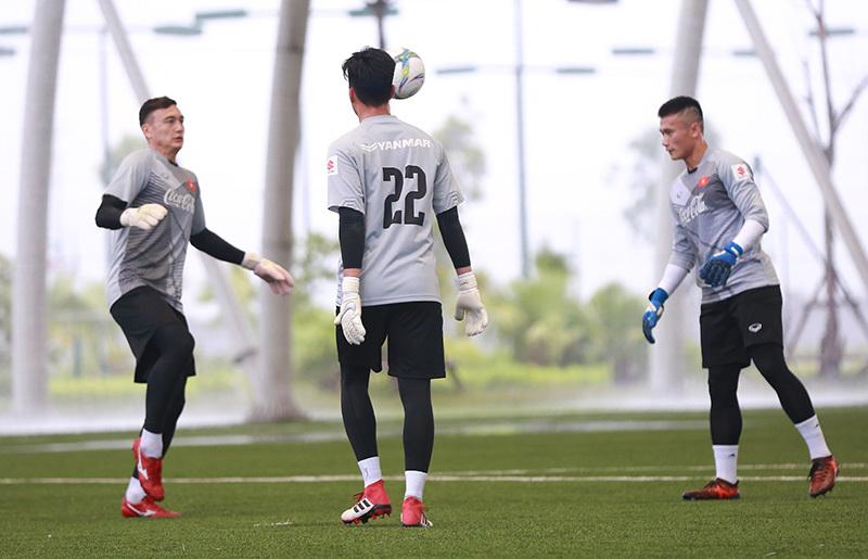 U23 Việt Nam,HLV Park Hang Seo,Bùi Tiến Dũng,Đặng Văn Lâm