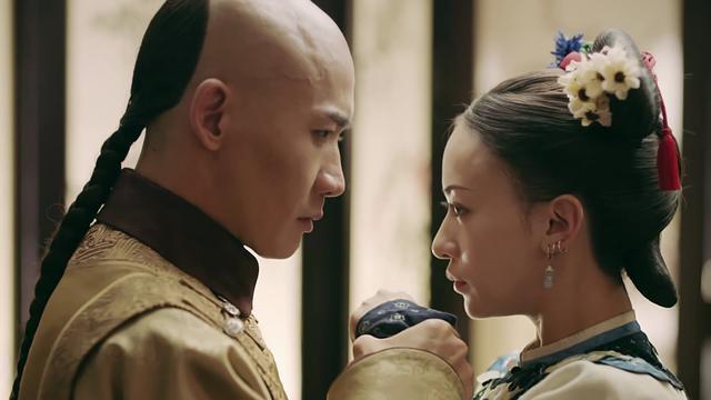 Hoàng thượng ngày càng sủng ái Anh Lạc.