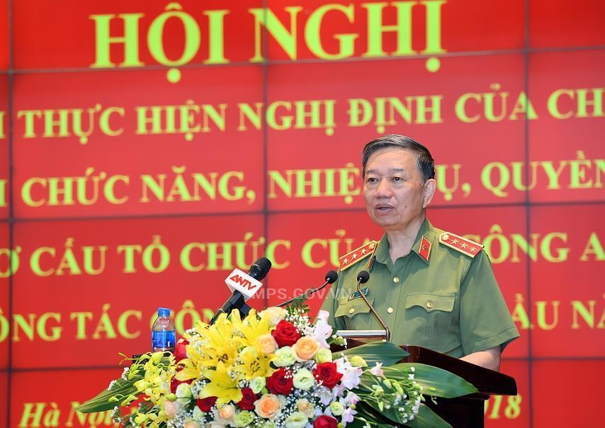 Bộ trưởng Tô Lâm chỉ đạo sắp xếp, bố trí cán bộ theo mô hình tổ chức mới