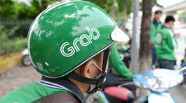 Tài xế GrabBike ở Sài Gòn truy đuổi, dọa giết khách trên đường phố