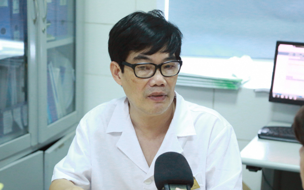 Bác sĩ ám ảnh bệnh nhi bị mủn hết xương hàm, miệng bốc mùi vì kiêng cữ khi mắc sởi