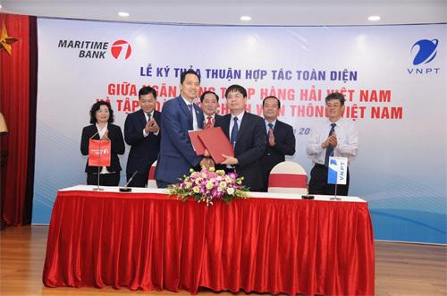 VNPT hợp tác toàn diện với Maritime Bank