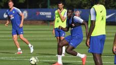 """MU bất ngờ đàm phán mua trung vệ """"hàng thải"""" Chelsea"""
