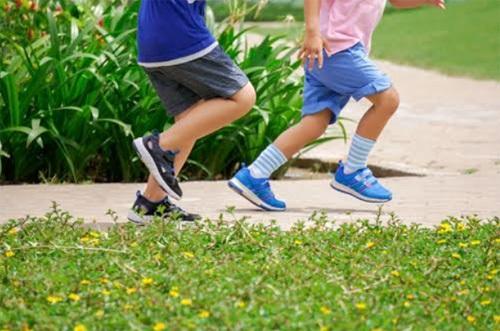 Trẻ thông minh hơn nhờ việc vận động hiệu quả