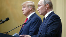 Donald Trump thật khó lường: Sau bắt tay nồng ấm, lập tức chọc giận Putin